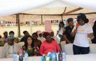 MRS. AKEREDOLU DISTRIBUTES EYE GLASSES, MOSQUITO NETS TO MARKET WOMEN