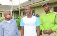TRICYCLE RIDER DARES KAI, ATTACKS COMMANDER WITH KNIFE