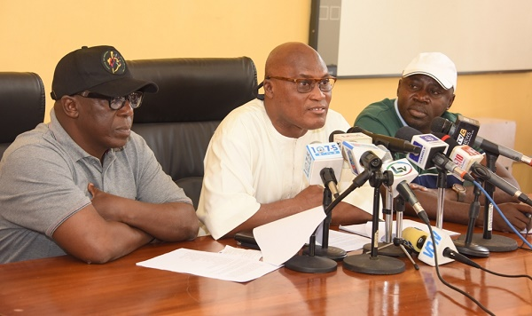 DIRECTOR OF ACCOUNTS IN LAGOS  PUBLIC SERVICE FORFEITS N29 M, HOUSES TO FG