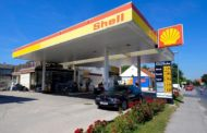 SHELL SELLS PART STAKES IN WOODSIDE TO EQUITY INVESTORS FOR $1.7BN