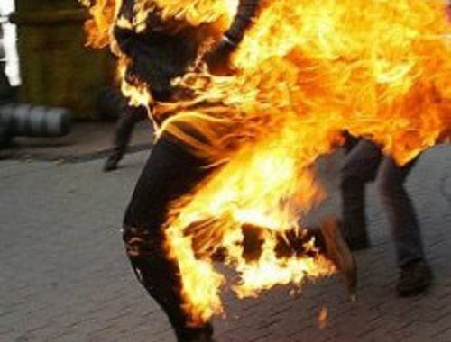 COURT ACQUITS NURSE ACCUSED OF KILLING RELATIVE BY  SETTING HER ON FIRE