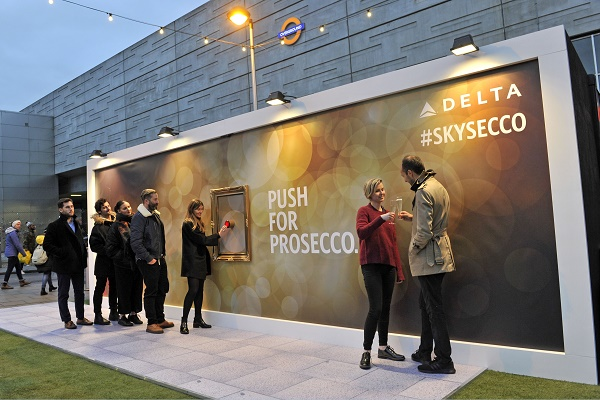 DELTA UNVEILS WORLD'S FIRST PROSECCO DISPENSING BILLBOARD IN LONDON